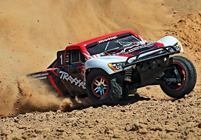 68086-4-Traxxas-Red-3qtr-Roost-Action-DX1I6140